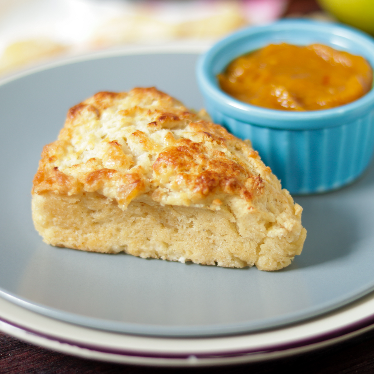 Ginger Pear Scones with Mango Spread