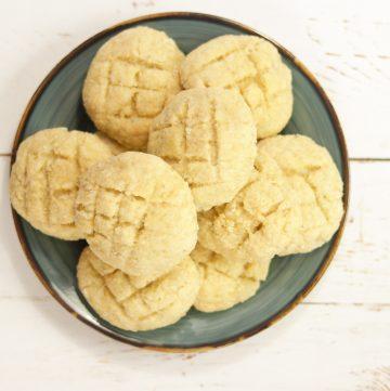 plate of Bolinhas - Goan Coconut Cookies