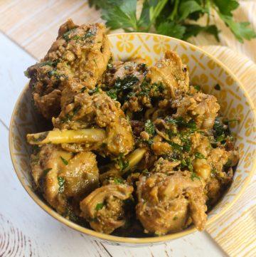 Xin Xin de Galinha - Brazilian Chicken in Peanut Shrimp Sauce