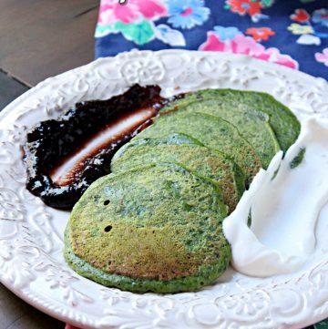 Finnish Spinach Pancakes - Pinaattiletut