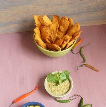 Fafda, Besan Chutney, Green Papaya Chutney