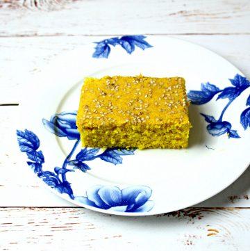 Sfoof -Lebanese Semolina Turmeric Cake