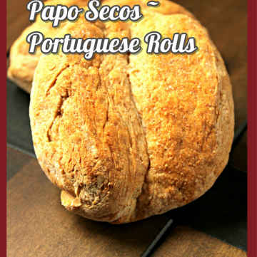 Whole Wheat Papo Secos - Portuguese Rolls for #BreadBakers