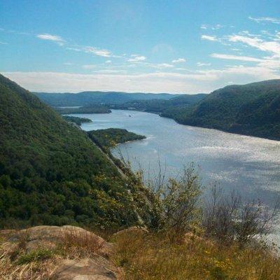 Hiking Breakneck Ridge in Upstate New York – Day Hike