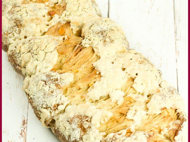 Polish Chalka Crumble Bread