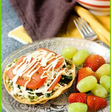 plate of Tostada with fruit
