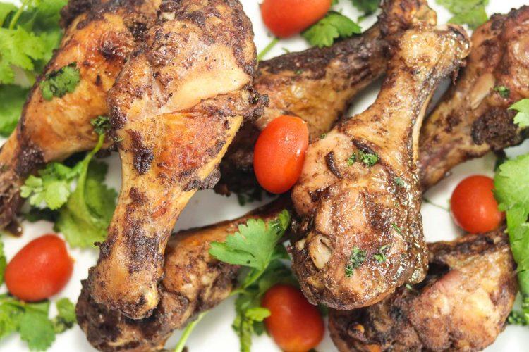 plate of chicken drumsticks