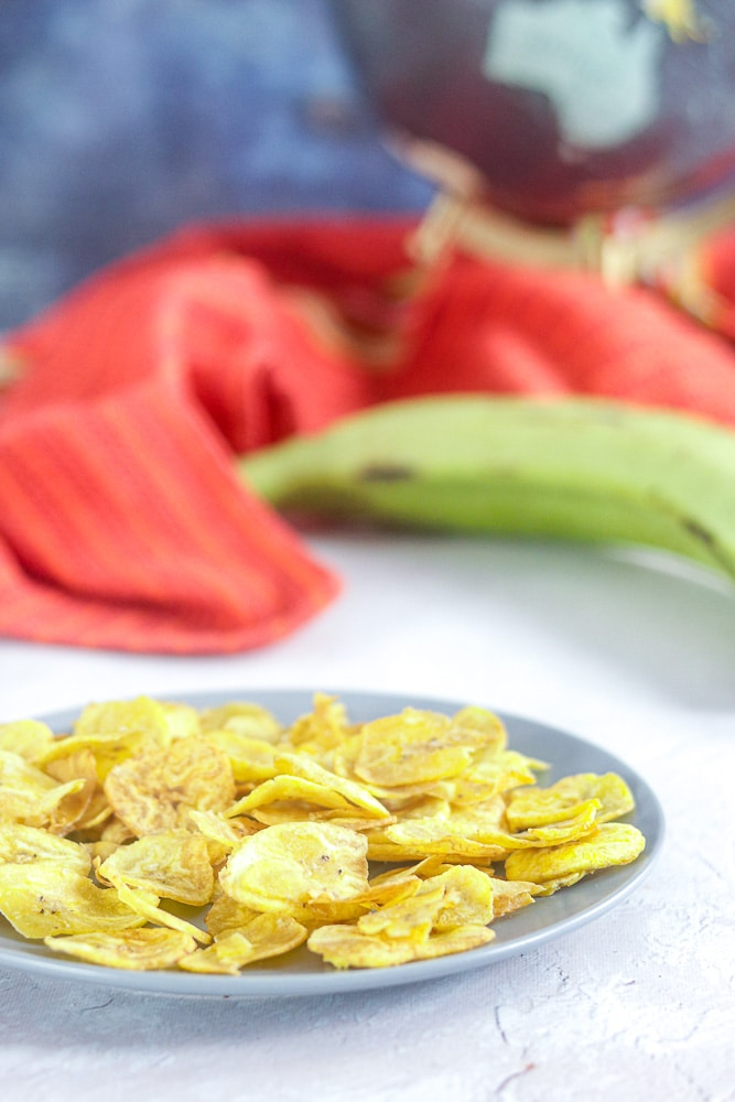 How to make Healthy Plantain Chips - Paleo Plantain Chips