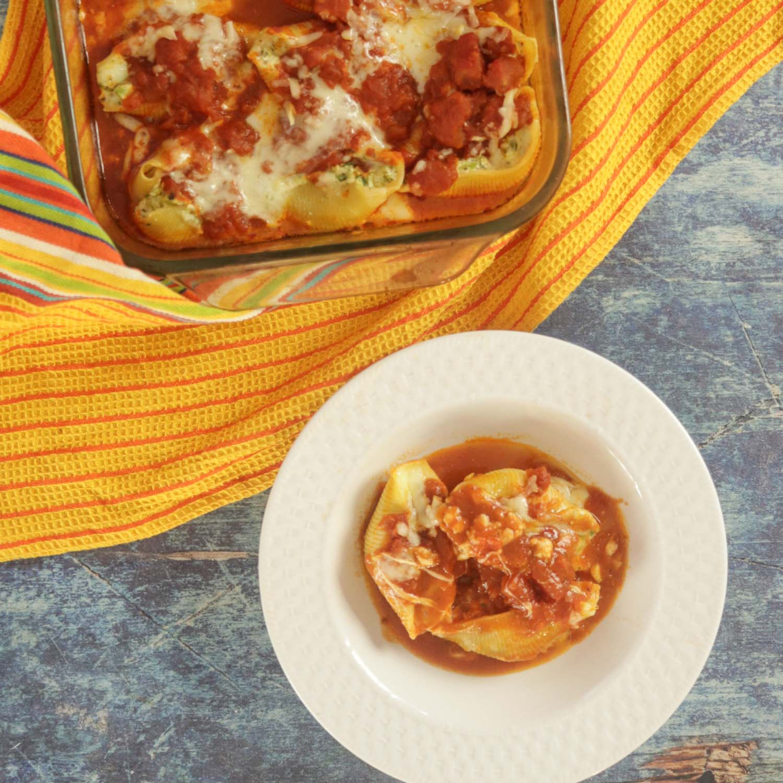 Easy Stuffed Shells Recipe with Ricotta