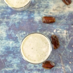 Healthy Date and Banana Smoothie